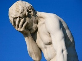 Paris_Tuileries_Garden_Facepalm_statue-300x200