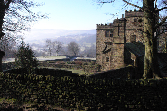 North Lees Hall, the original Thornfield Hall (David Lally via Wikimedia Commons)