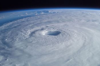 800px-Hurricane_Isabel_from_ISS